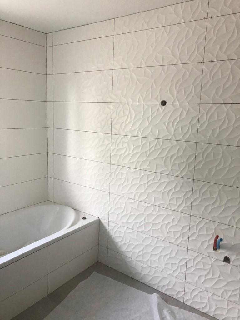 Carrelage mural de salle de bain à Vire